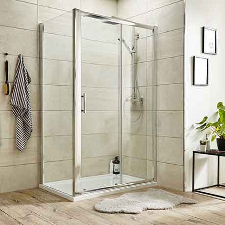 Shower enclosures and shower cabins